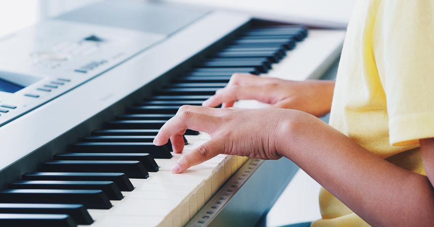 Best-Beginner-Keyboards-for-Learning-Piano-Featured-Image